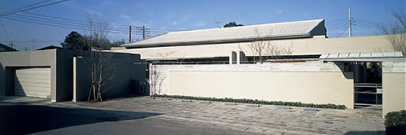 ギャラリーのあるゲストハウス